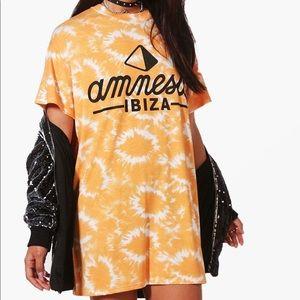 Dresses & Skirts - Tie-Dye Ibiza Graphic T-Shirt Dress